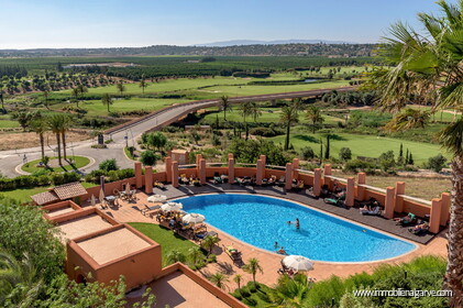 Apartments mit 2 + 1 Zimmern im Amendoeira Golf Resort
