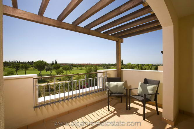 3-Bed-Townhouse-Terrace-a