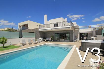 3 Schlafzimmer Villa mit Pool